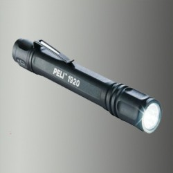 Torche LED Peli 2 AAA Noir